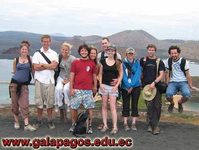 Galapagos Spanish School, Spanish School quito ecuador, learn spanish quito, escuela de español Galapagos, study spanish ecuador, classes spanish quito montañita mindo, spanish language schools in quito otavalo, spanish courses, spanish online, speak spanish, language immersion program, spanish immersion program, son latino dance school, host family, familystay, apartment quito